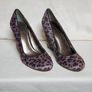 LOFT Grey Animal Print Haircalf Wedge Shoe 6 #1332